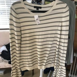 Light weight sweater top.
